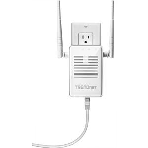 TRENDnet TEW-822DRE IEEE 802.11ac 1.17 Gbit/s Wireless Range Extender - 2.40 GHz, 5 GHz - 2 x External Antenna(s) - MIMO Technology - Beamforming Technology - 1 x Network (RJ-45) - Wall Mountable